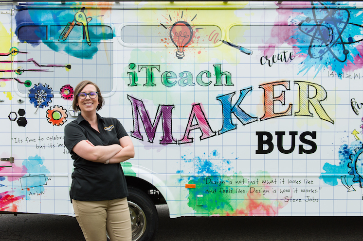 iTeach Maker Bus